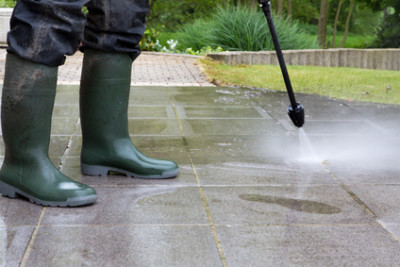 How to Find the Best Residential Pressure Washing Company