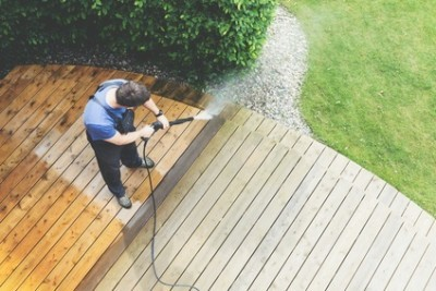 Why Summer is the Perfect Time to Have Your Deck Pressure Washed